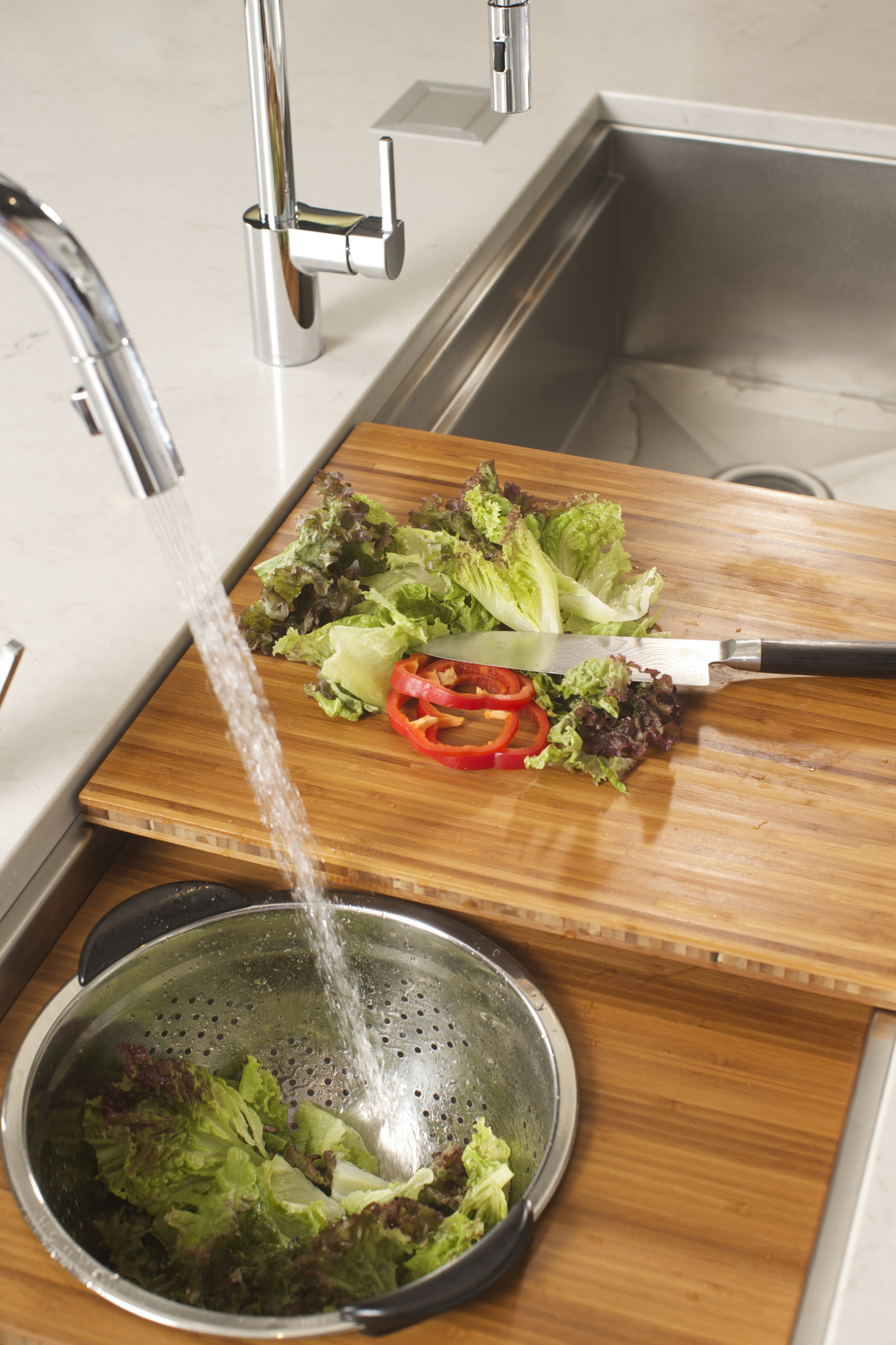 9/25/14 6:33:44 PM -- Kitchen interiors of The Galley sink at Metro Appliance for Kitchen Ideas/The Galley  Photo by Shane Bevel